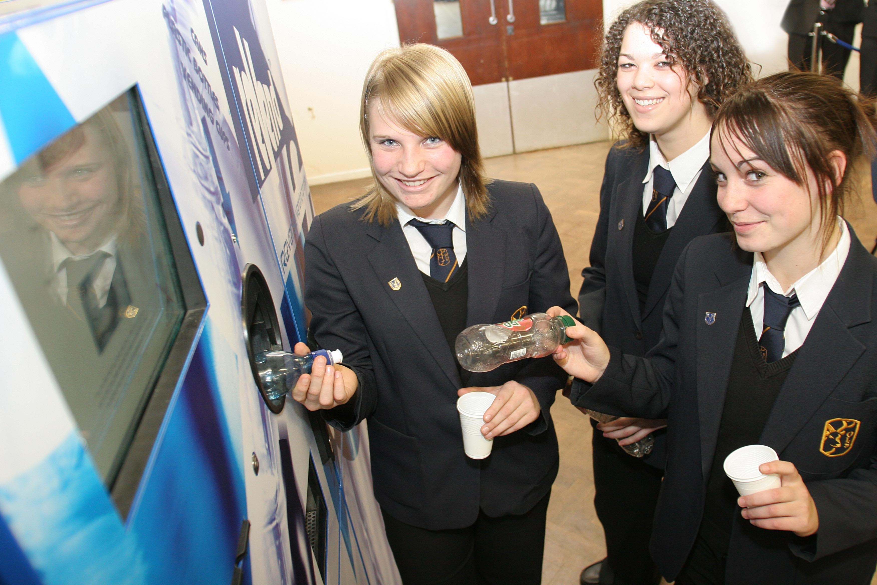 Reverse Vending in the Education Sector